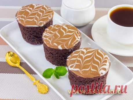 Шоколадные маффины с вареной сгущенкой