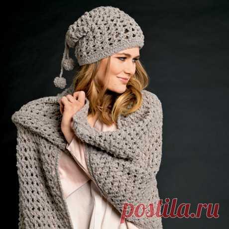 Ажурная шапка с помпонами - схема вязания крючком с описанием на Verena.ru
