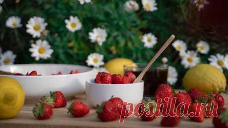 Маски из садовых ягод и трав / Все для женщины