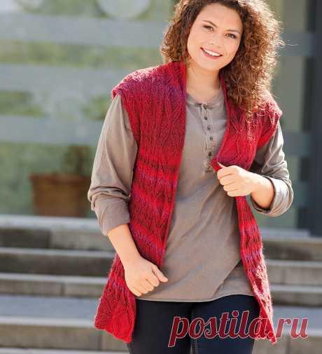 Мода plus. Красный жилет с узорчатой планкой спицами