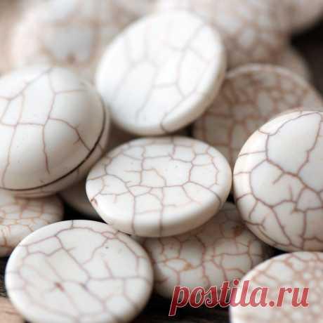 Кабошон бирюза синтетическая, круглый, цвет античный белый, 20x7 мм :: Crystal's - интернет-магазин бусин и фурнитуры