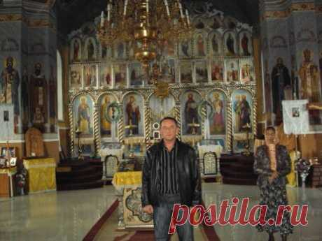 Анатолий Величко