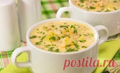 Сырный суп  Ингредиенты: -500 г куриного филе -400 г плавленого сыра Показать полностью…