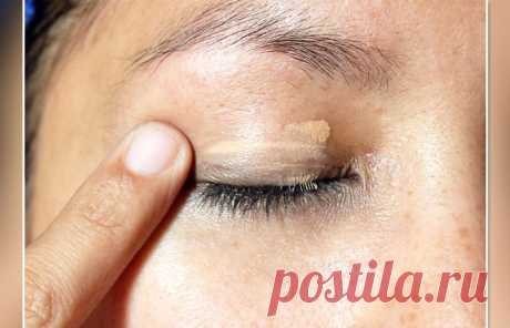 8 mistakes which you make during a make-up of eyes | the Darling I Many women belong to a make-up as to the real morning cult, to come for walk or to descend for work at least without basic meyk-ap — unacceptable option. It is no secret that in a make-up most of all draw attention of a lip and eye. For this reason it is necessary to approach very scrupulously this process not to make harmful mistakes. Today we will tell you about 8 flaws which many allow in BP...