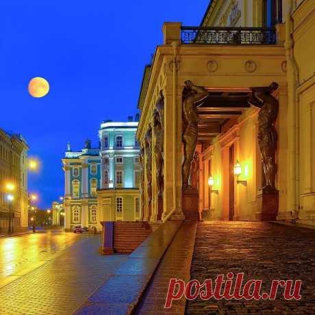 ✨ Бесконечный Петербург