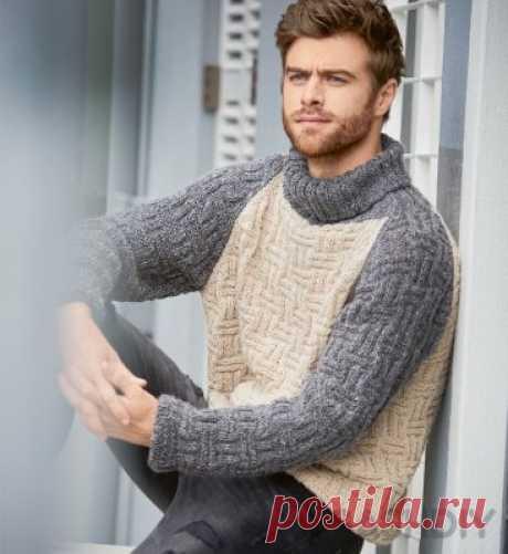 Двухцветный вязаный свитер с рельефным узором.