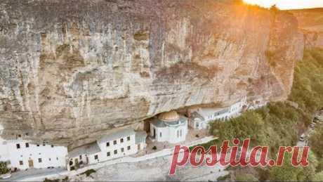 Крым 18, Бахчисарай- Монастырь в скале