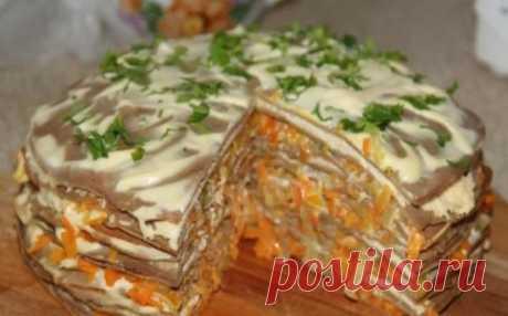 Готовим изумительный лёгкий печеночный торт  Надо взять: 2 куриных грудки (400 г филе), 800 г печени (у меня говяжья). Показать полностью…
