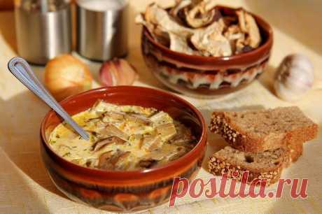 Сырный суп на грибном бульоне — Кулинарная книга - рецепты с фото