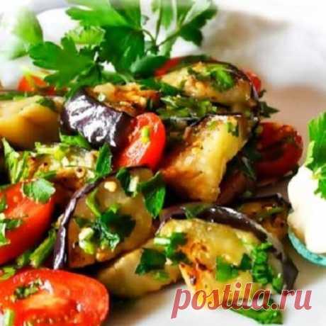 Очень вкусный салат из баклажанов         В магазинах уже появилось много такого замечательного овоща как баклажан, благодаря ему все блюда получаются сочными, вкусными и очень полезными. Я хочу рассказать вам об одном из рецептов при…