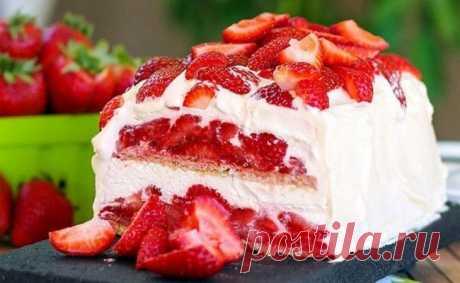 Освежающий летний торт с клубникой без выпечки. Быстрый и вкусный! Невозможно не влюбиться!Обязательно приготовьте, это очень вкусно!