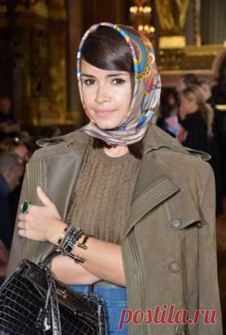Как мир влюбился в шелковые платки Hermès