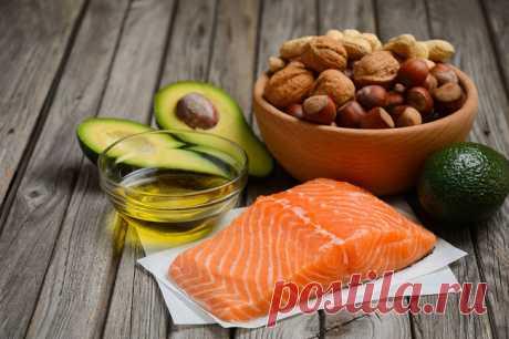 Названы топ-10 суперфудов для диабетиков При сахарном диабете главное правило в питании - ограничить поступление в организм калорий и легко усваиваемых углеводов. Кроме того, для больных диабетом особенно важно насыщение рациона витаминами, минералами, продуктами с большим содержанием антиоксидантов, говорит врач-психоэндокринолог, ...