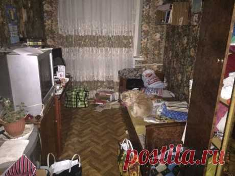 В комнате был полный бардак и из нее сделали пафосную спальню. Фото До/После.
