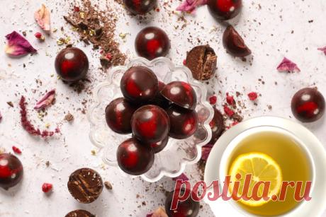 Домашние конфеты из темного шоколада с малиновой карамелью   ChocoYamma   Яндекс Дзен