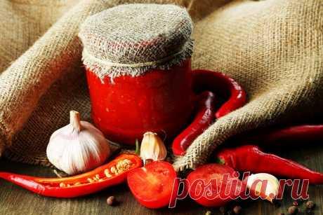 Аджика на зиму – 15 разных фото рецептов заготовки аджики на зиму Как сделать вкусную аджику на зиму из помидоров, болгарского перца, слив или крыжовника? Оригинальные рецепты с пошаговым описанием, фото и видео рекомендациями.
