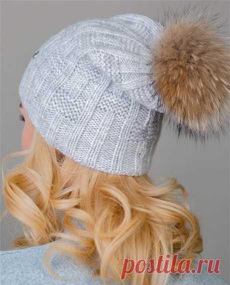 Теплая однослойная шапочка узором из лицевых и изнаночных (Вязание спицами) – Журнал Вдохновение Рукодельницы