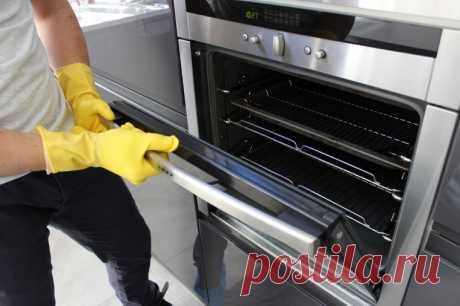 Как быстро очистить духовку от многолетнего нагара