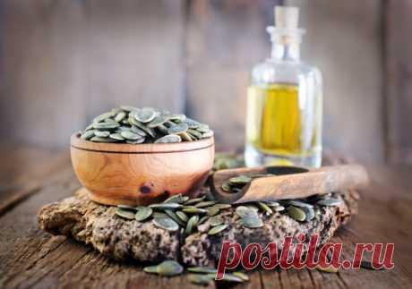 Растительные масла: тыквенное, облепиховое и зверобойное