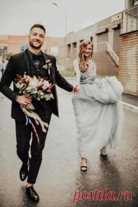 А что, если свадьба может быть не только романтичной и нежной? 🖤