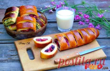 Булки с яблоками - Кулинарные рецепты на Food.ua