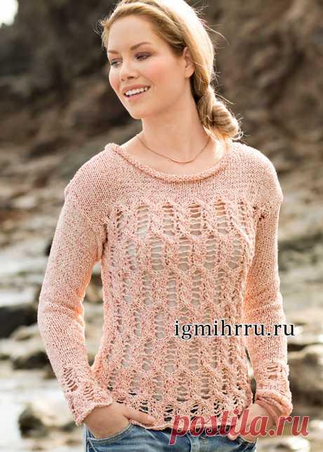 Летний розовый пуловер с ажурным узором из кос. Вязание спицами