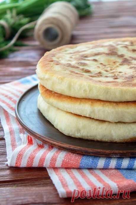 Покажу Вам сегодня давно забытый рецепт лепешек на кефире. Приготовленные за считанные минуты , они могут заменить хлеб, или разнообразить ваш ежедневный стол. В зависимости от того, какая пора…