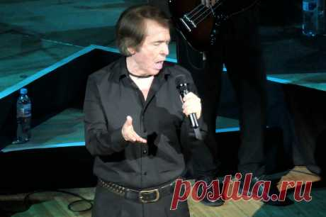 Концерт испанского певца Рафаэля в Москве - 9 апреля 2019 года - P1118981 | Sovetika.ru - фото-блог