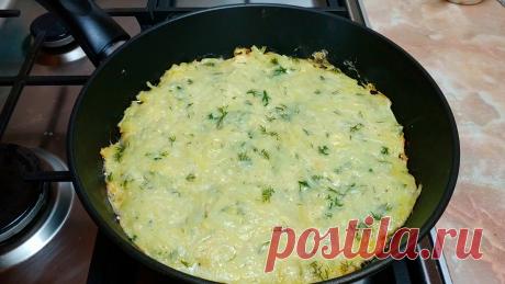 Когда мне хочется вкусной картошки, я готовлю её с яйцом и сыром на сковороде: делюсь быстрым рецептом   Кулинарный Микс   Яндекс Дзен