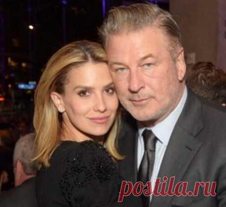 Алек Болдуин снова станет отцом: супруга 61-летнего актера беременна пятым ребенком