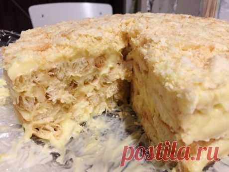 Торт без выпечки Наполеон из печенья ушки — мой любимый рецепт   Из этого количества ингредиентов, у меня получился торт весом 1.4 килограмма. Он огромный, красивый и очень вкусный.   Ингредиенты: 550 грамм печенье ушки Показать полностью…