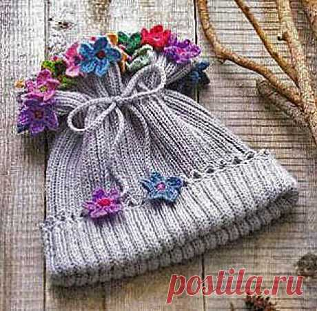 Детская шапочка с цветами для девочки   ВЯЗАНИЕ ШАПОК: женские шапки спицами и крючком, мужские и детские шапки, вязаные сумки