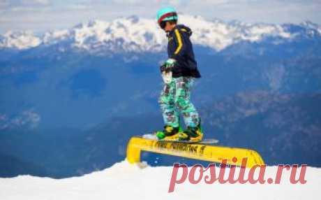 ТОП-8 лучших горнолыжных курортов России Отличные горнолыжные курорты России – уже не миф! Выберите свой уголок для активного отдыха этой зимой из нашего рейтинга горнолыжных курортов России!