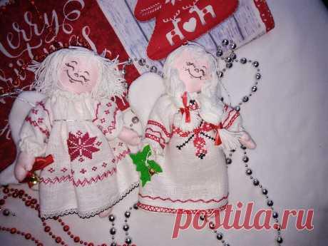 Рождественские Ангелы ( льняные) с ручной вышивкой.Размер: 20 см