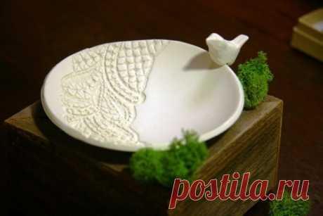 Тарелочка для обручальных колец из полимерной глины