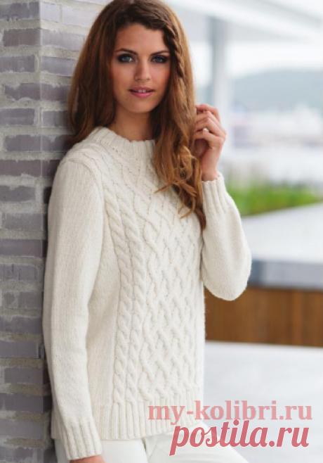 Красивый свитер спицами «Французская зима» рельефным узором.