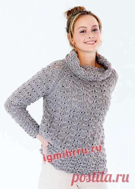 Серый свитер с узором из патентных петель. Вязание спицами со схемами и описанием