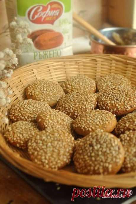 Lussi`s World of Artcraft: Сладки със сусамов тахан / Honey Tahini Cookies Recipe