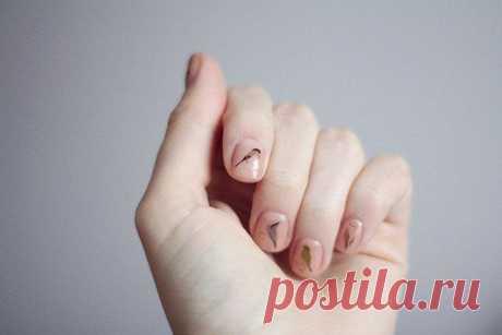 Los pajaritos sobre las uñas \/ el Maquillaje\/manicura \/ el sitio A la moda sobre el rehacimiento de estilo de la ropa y el interior