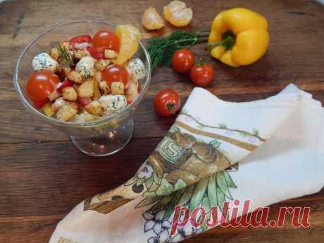 Вкуснейший салат на праздничный стол!Попробуйте и он приживется в Вашей семье.