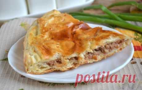 Рецепты мясного пирога из слоеного теста с фаршем: секреты выбора