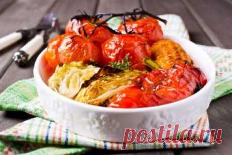 Запеченные овощи в меду и соевом соусе Наш простой рецепт запеченных овощей прекрасно подойдет для легкого домашнего ужина.