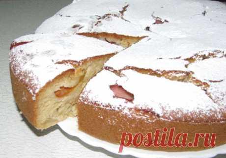потрясающе вкусный пирог на КЕФИРЕ с ФРУКТАМИ.