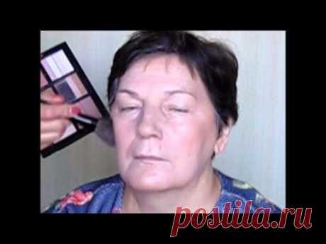 El maquillaje después de 35 40 45 50 55 60 años. Como hacer el maquillaje natural.