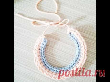 Master class in knitting of a simple necklace.