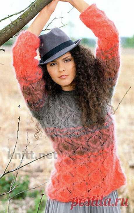 Вязаный пуловер с узором из листьев Вязаный пуловер с узором из листьев выполнен ажурным узором из пряжи двух цветов.