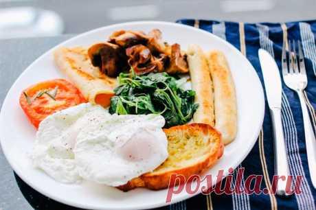 Как Правильно Питаться, чтобы Похудеть. Завтрак, Обед и Ужин Одна треть нашего дневного рациона должна уходить на завтрак для того, чтобы правильно питаться, похудеть, не иметь проблем с желудком, улучшить уровень сахара в крови и быть здоровыми.…