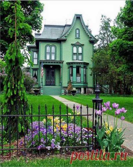 Дом Беверли Дэвенпорт находится в Солине, штат Мичиган.