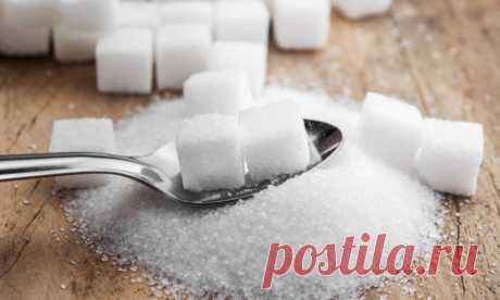 Подкормка из сахара: помогаем ослабленным комнатным растениям