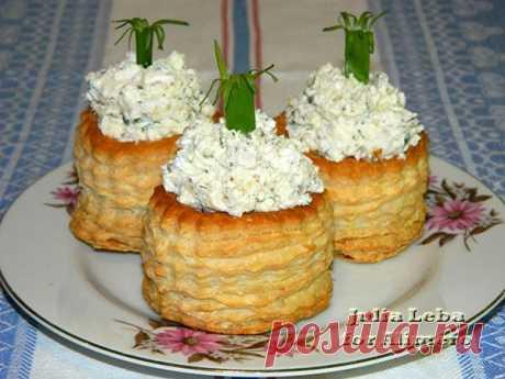 👌 Несладкая творожная начинка для тарталеток бутербродная масса, рецепты с фото На мой взгляд, тарталетки являются отличной закуской. Быстро, несложно, красиво и вкусно! Что ещё нужно? :)    Кроме того, я обожаю тесто. В данном случае единственное, что тре...